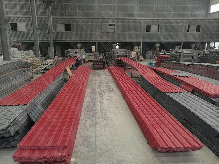 合成树脂瓦的由来,以及树脂瓦的三层工艺流程步骤